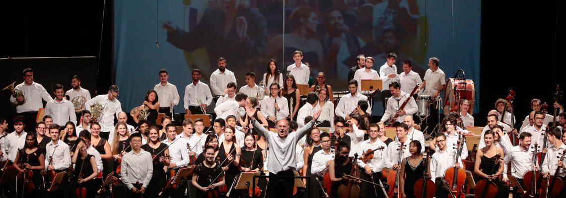 (Português) 200 concertos e mais de 100 mil espectadores
